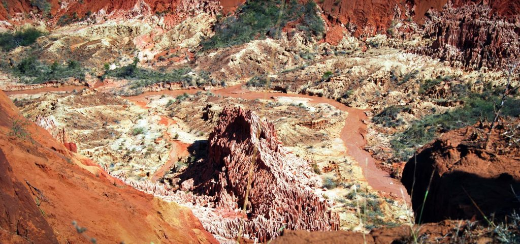 Cosa vedere in madagascar Tsingy rouge