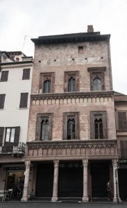Mantova casa mercante