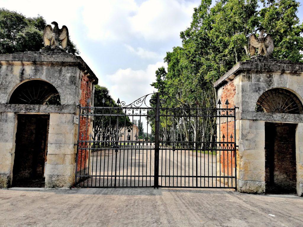 Mantova cosa vedere ingresso palazzo te