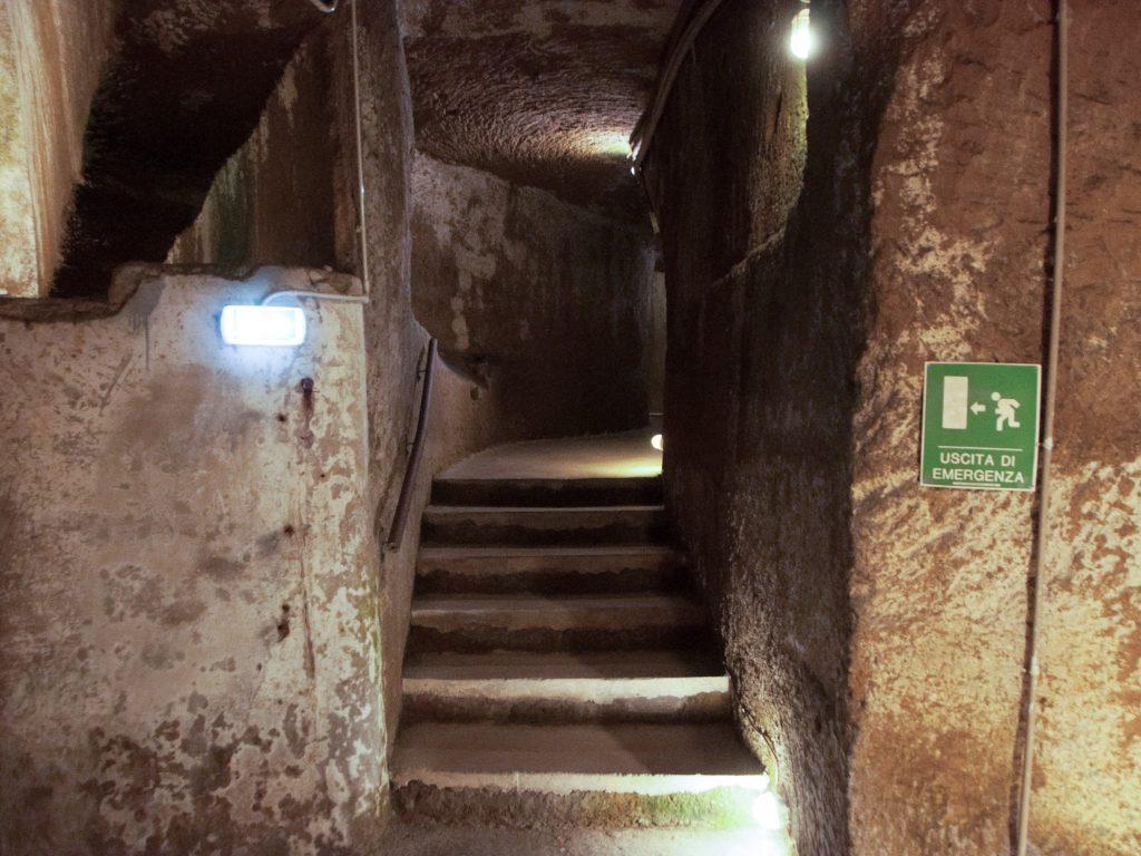 Uscita di sicurezza Napoli sotterranea