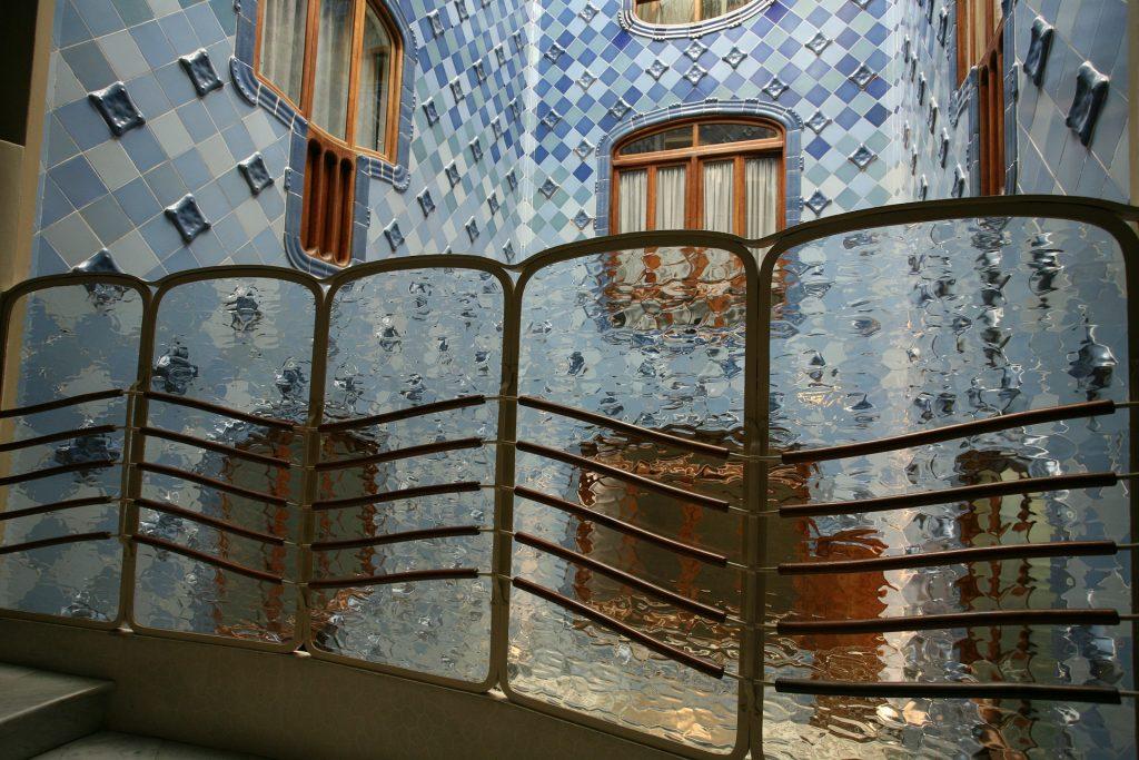 Interno casa Battlo Gaudí